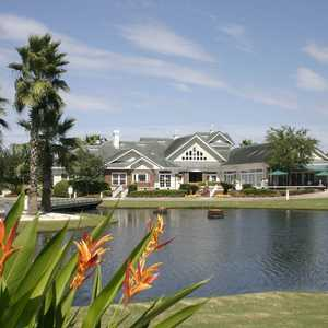 Eagle Harbor GC: clubhouse