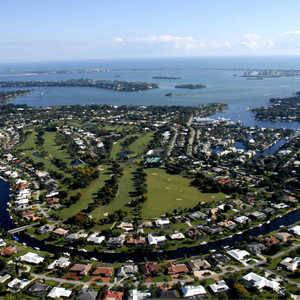 Yacht & CC: Aerial view