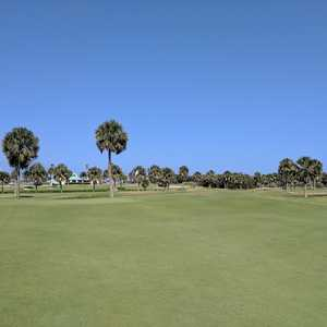 how to play private golf courses in melbourne