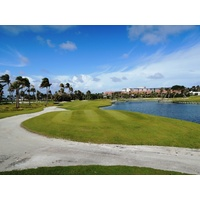 The second hole at Palm Beach Par 3 Golf Course is 167 yards, with a little more trouble than the first.