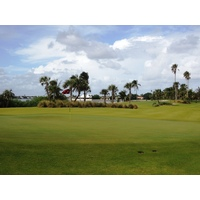 The ninth at Palm Beach Par 3 Golf Course is the last hole on the west side of High A1A.