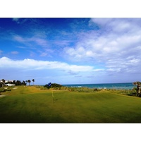 Palm Beach Par 3 Golf Course's closing hole is just 133 yards, but with the sea breeze coming from the left, can be quite difficult.