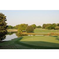 Windermere Country Club offers a serene parkland environment for golf.