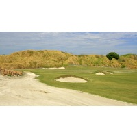 The fourth hole on Streamsong Red is a 330-yard par 4.